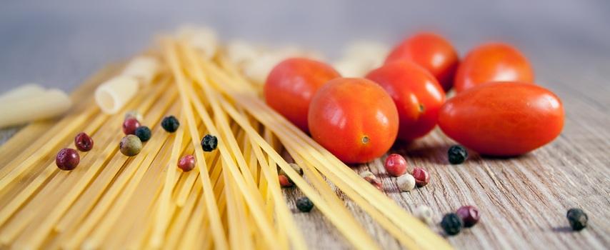 pasta-noodles-cook-tomato-38233-medium